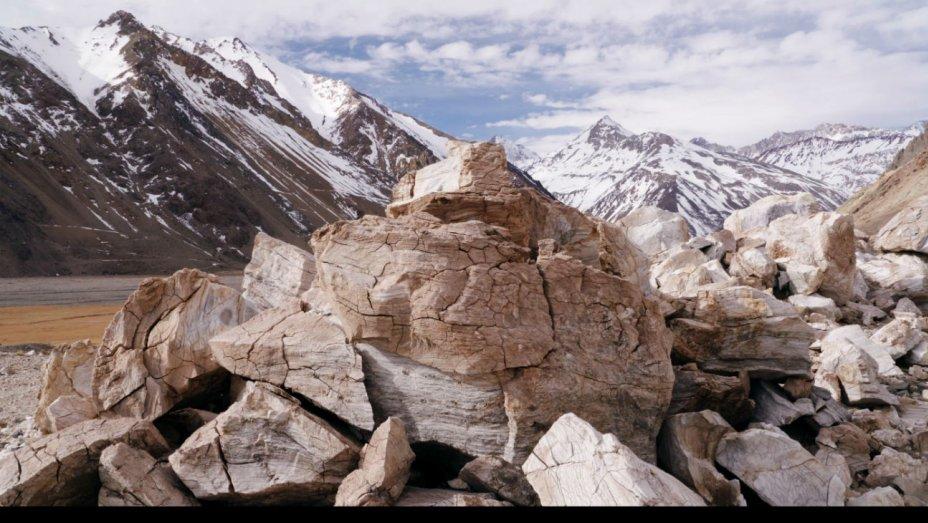 NCLAFF: La Cordillera de los Sueños   The Cordillera of Dreams