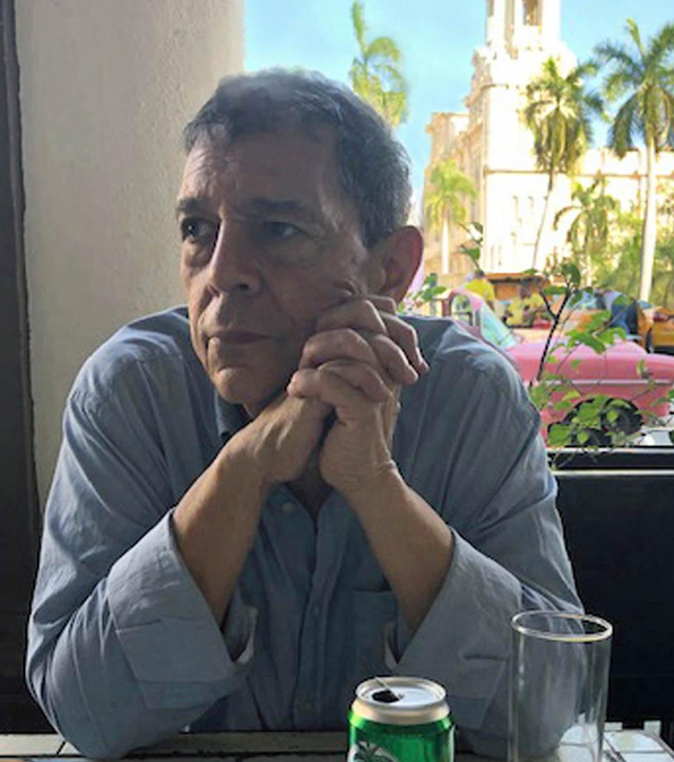 Louis A.Pérez, Jr.
