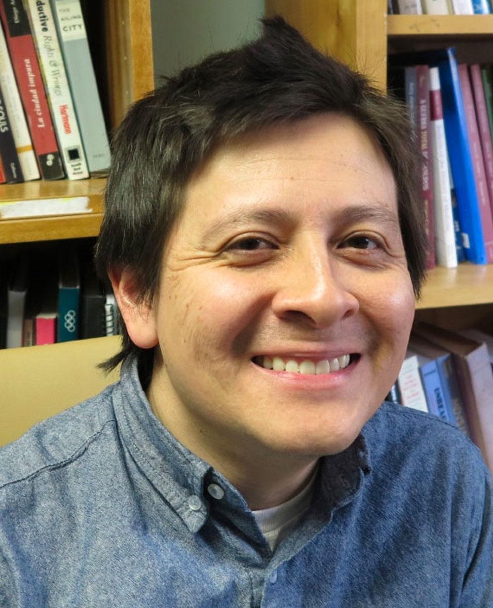 Raúl Necochea